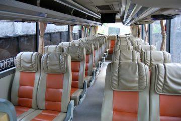 sewa-bus-pariwisata -murah-solo
